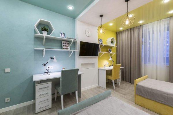 Разделение помещения с помощью разного цвета стен