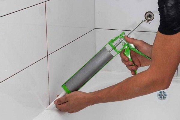 Силикон-акриловый герметик для ванной