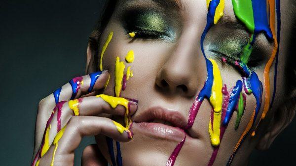 Краска на лице
