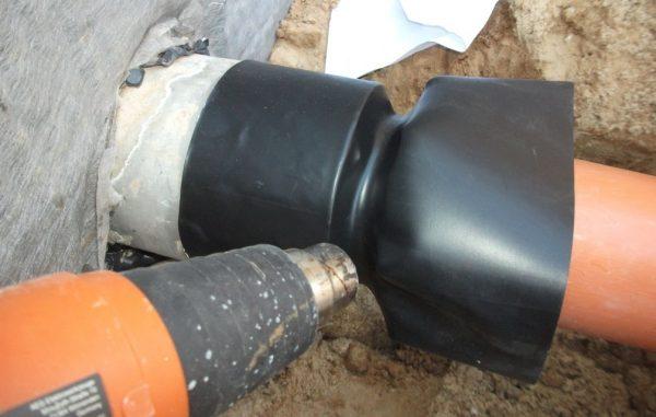 Установка герметизирующей манжеты