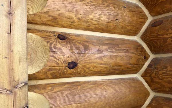 Стыки между бревнами в деревянном доме