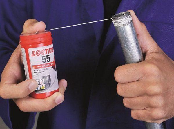 Уплотнительная нить Loctite 55