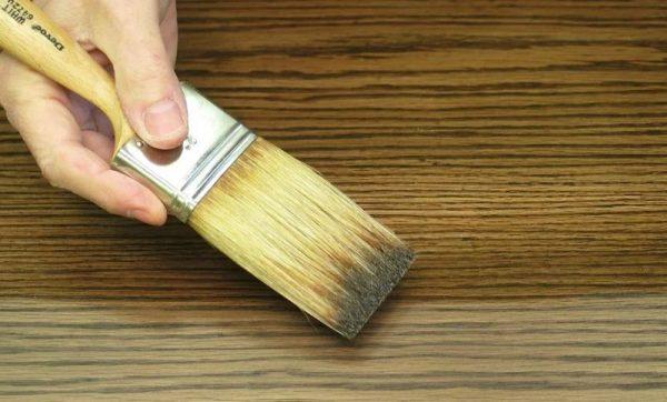 Окраска брашированной древесины морилкой
