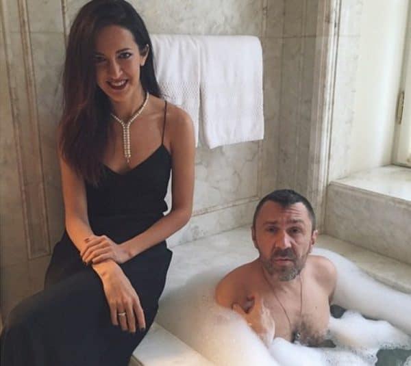 Мраморная ванная с видом на Фонтанку