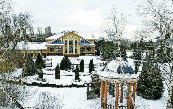 Загородный дом Киркорова в Мякининской пойме