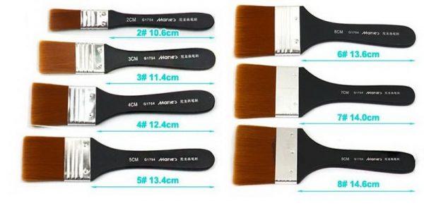 Набор флейцевых кистей различного размера