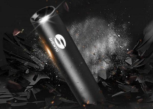 Бейсбольная бита со встроенным фонариком
