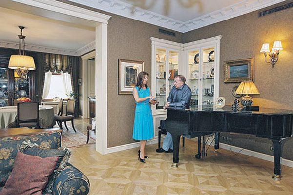 Квартира Александра Маслякова: Единство классики и современности.