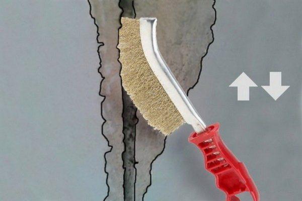 Очистка шва перед нанесением герметика