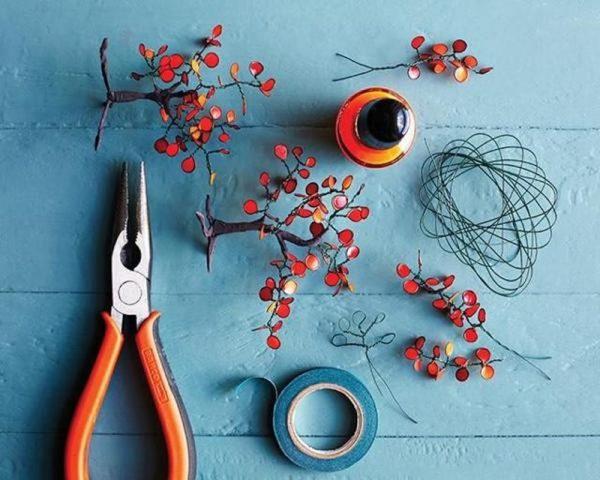 Необходимые инструменты для поделок из проволоки и лака