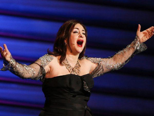 Тамара Гвердцители на сцене