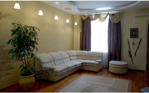 Гостиная комната в квартире артиста Андрея Данилко