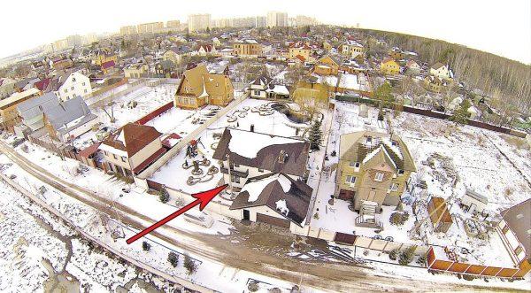 Дом Марата Башарова в подмосковном Солнцево