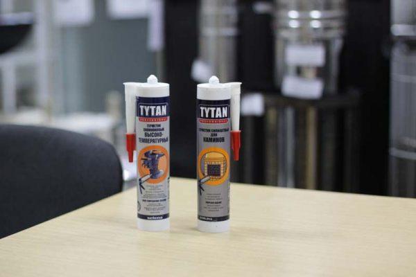Два герметика марки Титан