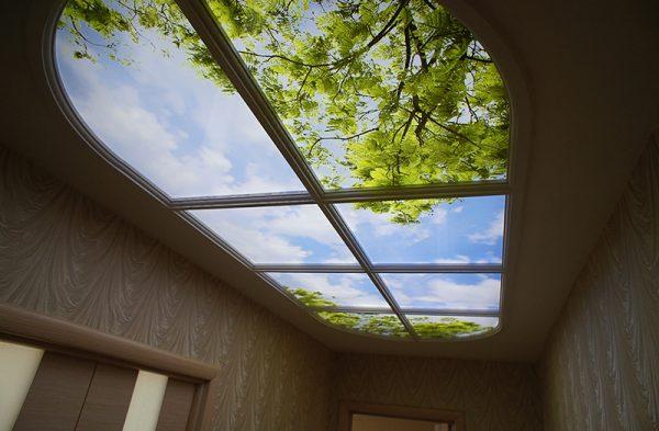 Имитация окна на потолке с подсветкой