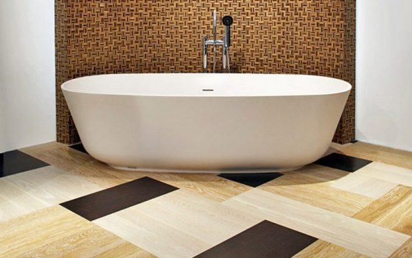 Использование виниловой плитки в ванной комнате
