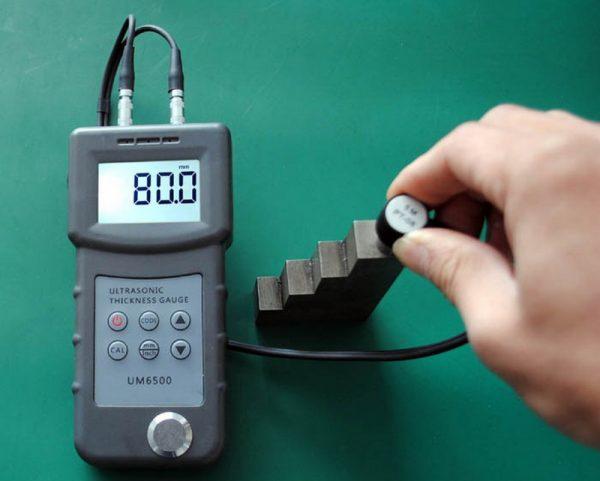 Портативный цифровой ультразвуковой толщиномер UM6500