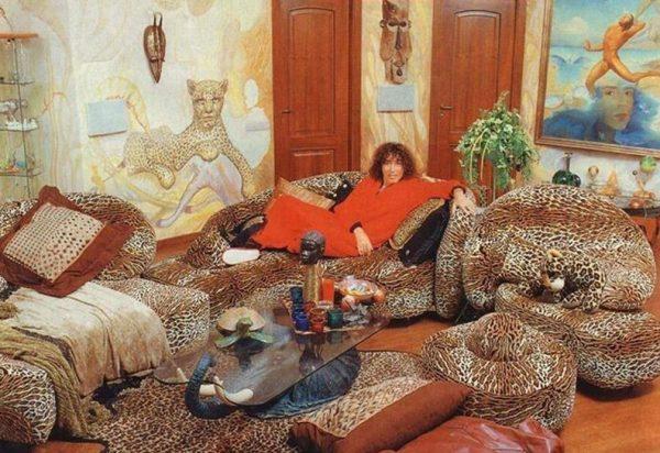 Леопардовая квартира Леонтьева