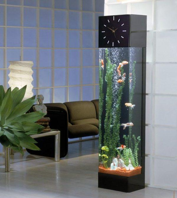 Цилиндрический вертикальный аквариум