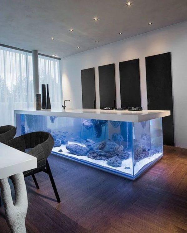 Напольный аквариум в интерьере