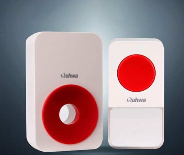 Дверной звонок с яркой кнопкой