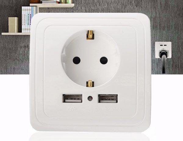 Электрическая стенная розетка со сдвоенными USB-портами