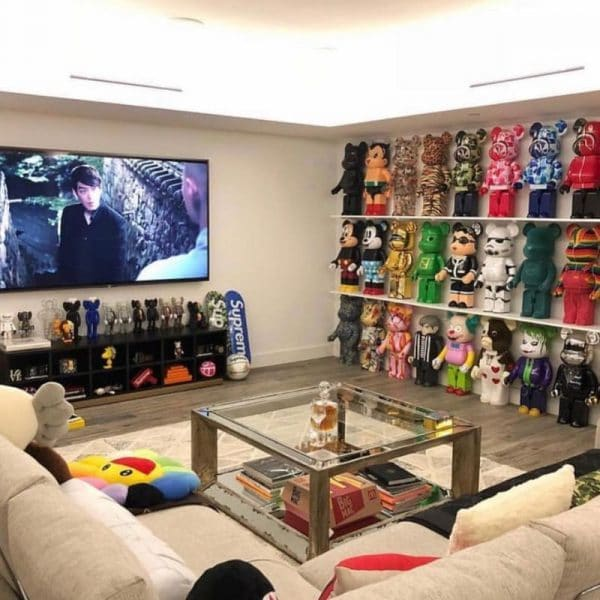 Коллекционная комната Тимати