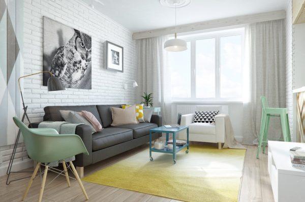Гостиная с белой кирпичной стеной в скандинавском стиле