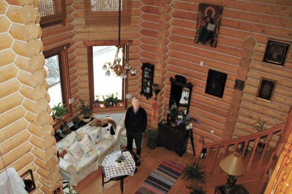 Гостиная в загородном доме Щербакова