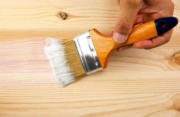 Грунтование деревянной основы
