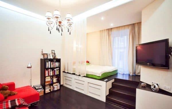 Кровать подиум в однокомнатной квартире