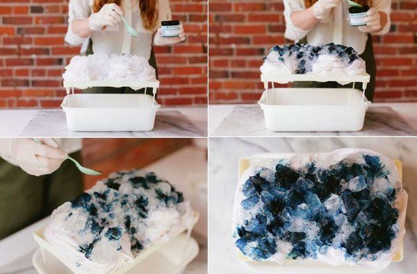 Окрашивание ткани с помощью ледяных кубиков