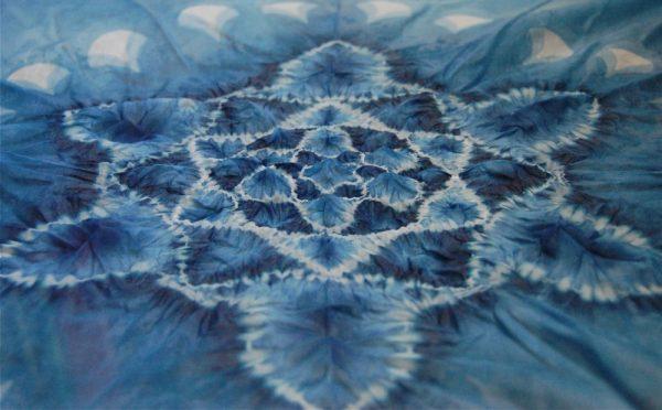 Узелковая техника покраски ткани