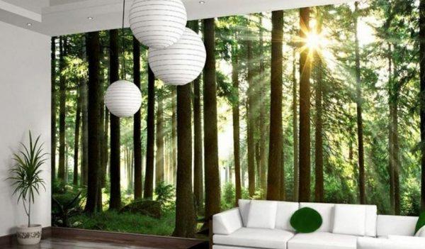 Лес на обоях в интерьере гостиной