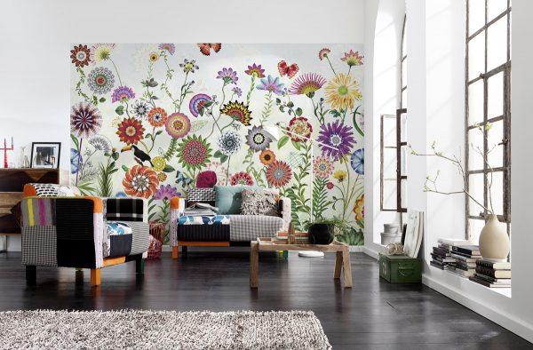 Обои с крупным рисунком хорошо смотрятся только в просторных помещениях
