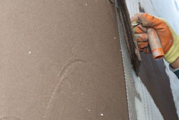 Штукатурка стен цементом