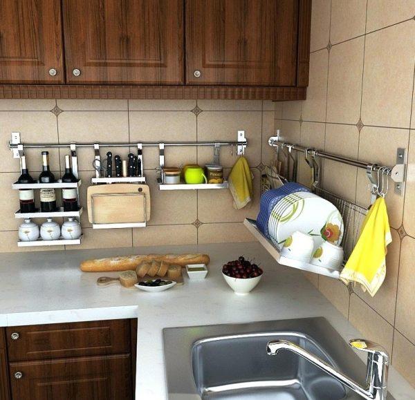 Угловой рейлинг для кухни