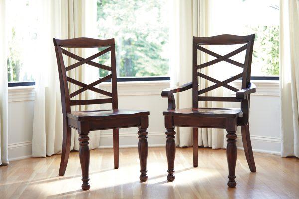 Громоздкие стулья