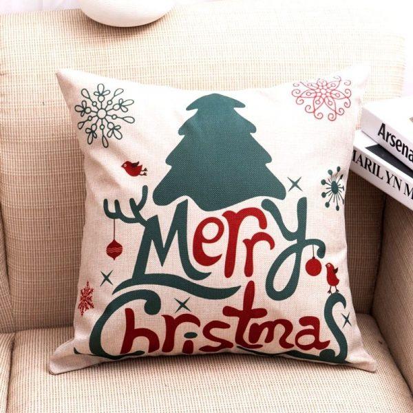 Новогодний чехол на подушке