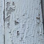 Растрескивание и шелушение краски