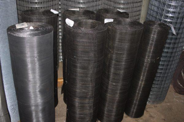 Тканная стальная сетка в рулонах