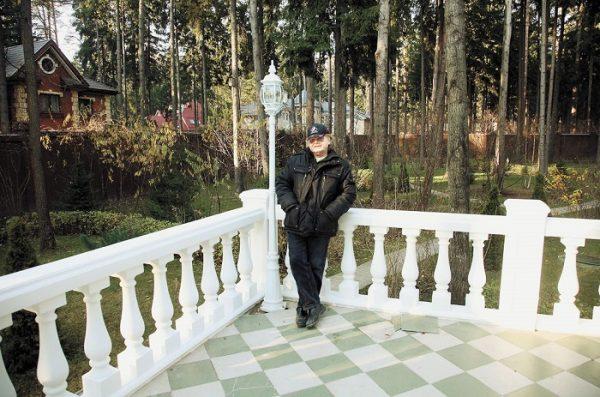 Антонов на даче в Переделкино