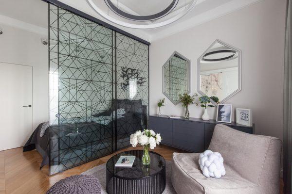 Декоративная перегородка из закаленного стекла