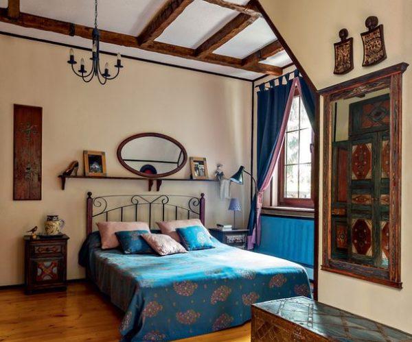 Интерьер спальни в доме Леонида Парфенова