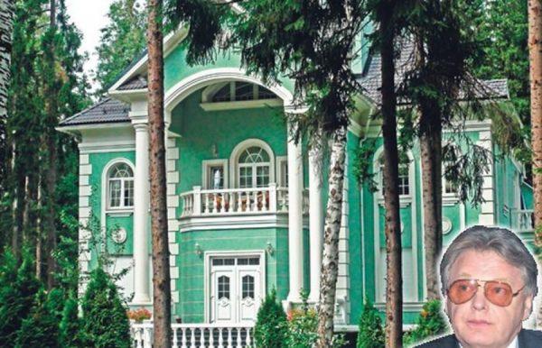 Загородная усадьба Юрия Антонова в Грибово