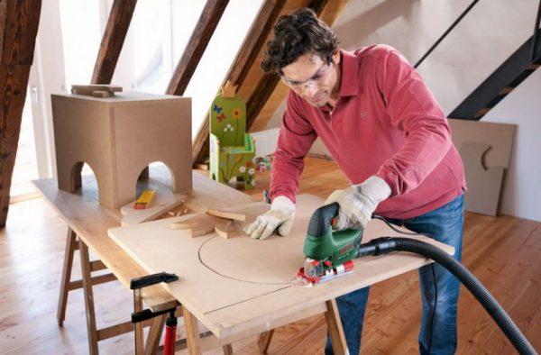 Изготовление мебели с помощью лобзика