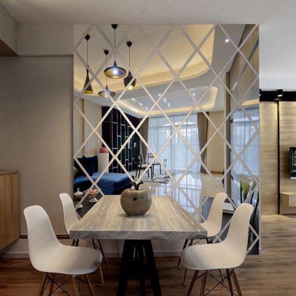 Зеркальная плитка в интерьере гостиной