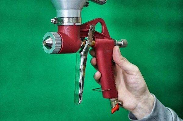 Картушный пистолет для нанесения раствора