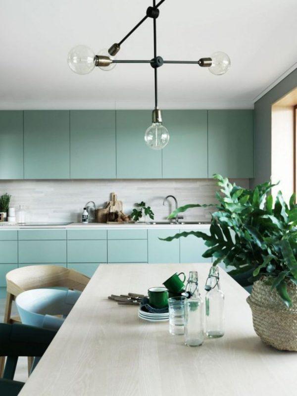 Цвет Neo Mint в интерьере кухни