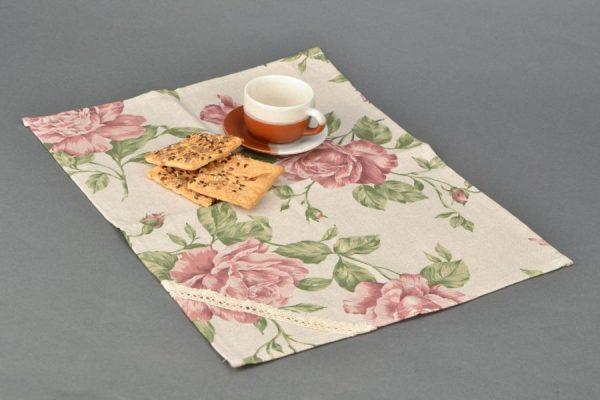 Декоративные салфетки из старой одноразовой скатерти
